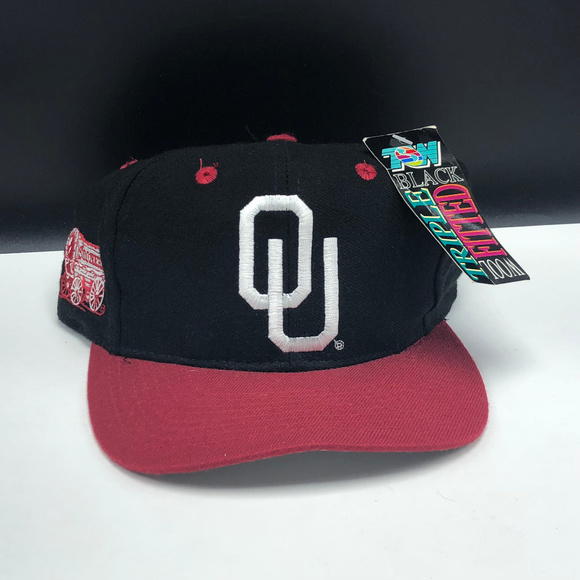 hot sale online 30117 3bb71 Oklahoma Sooners hat cap nwt football ncaa college. NWT. Top of the World